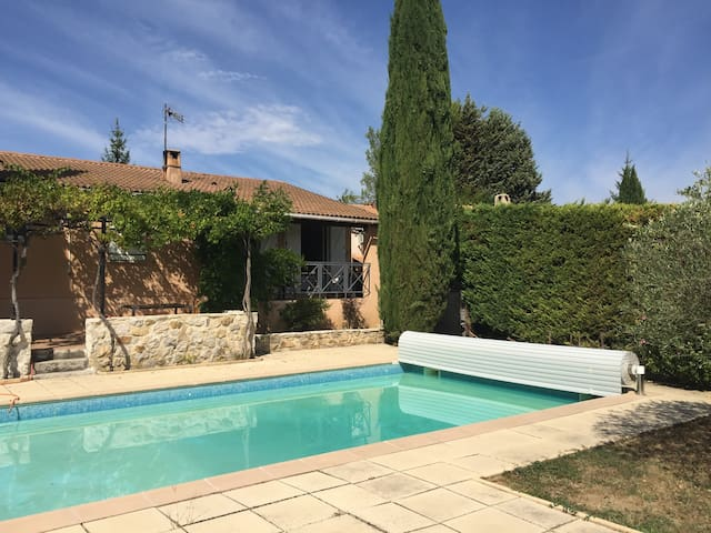 Maison Provençale Moderne avec Piscine près d'Aix - Gréasque - บ้าน