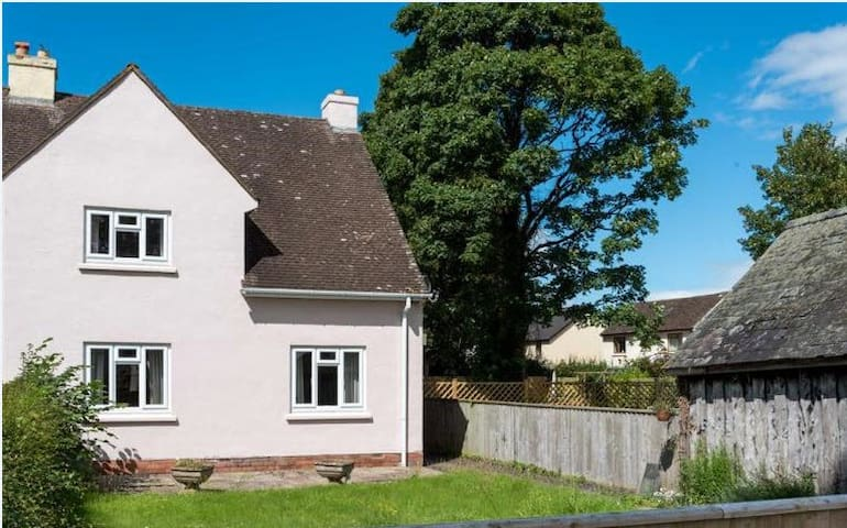 Plough Cottages - Glasbury - Casa
