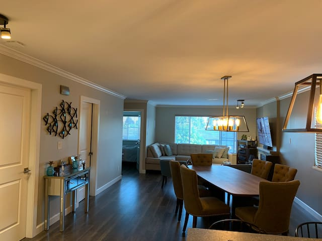 Newly renovated, chic, clean and central