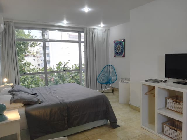 Tacha Studio12 Apartment