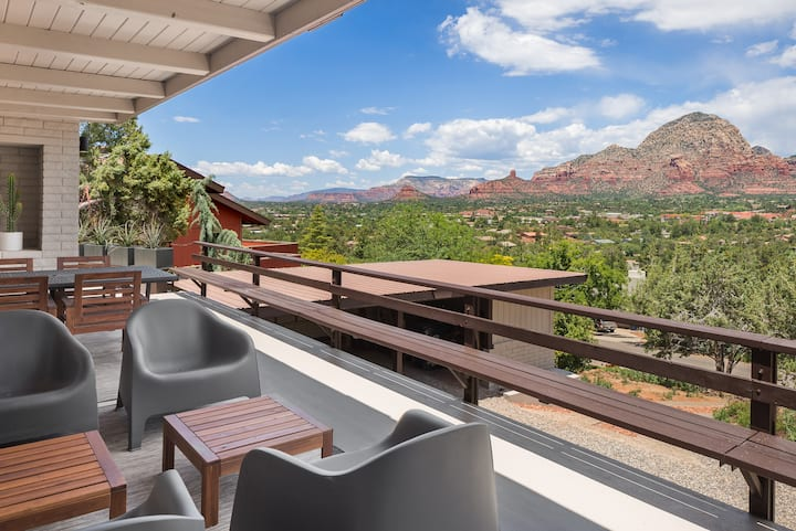 Breathtaking Views! from this Mountain Top Getaway