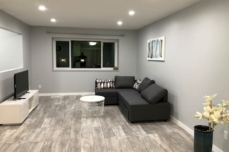 Home Away Home (2BR)with Mtn view @  Lake ViewCr
