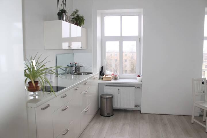 Apartament- Cozy bright studio in Riga city center