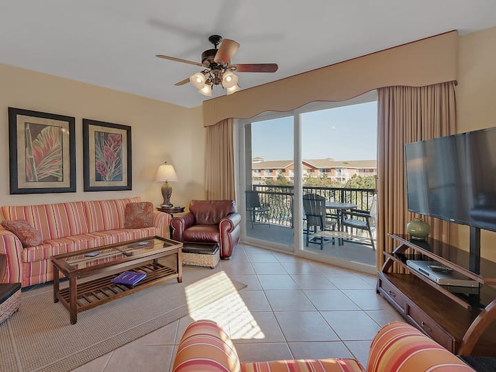 Amazing 2 Bedroom 3rd Floor Condo with Gulf View