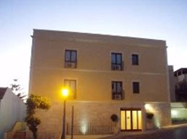 Costantiga B&B Hotel Famly 3 stelle Room 2-3 pax - Sant'Anna Arresi - Bed & Breakfast