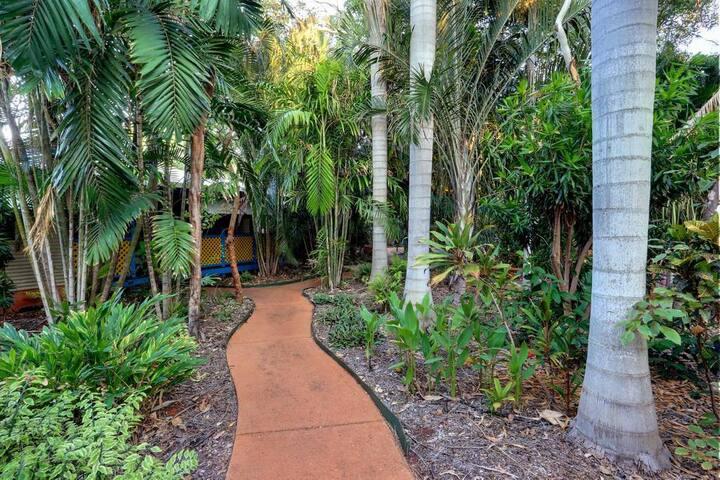 Habitat Resort Broome (1 Bedroom-3 night minimum)