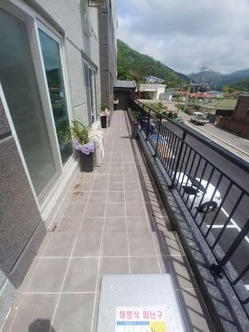 이뫼마루 아파트 - 201호는 저렴한 숙박료,친절한 서비스, 깨끗함과 정취가 있는 곳..