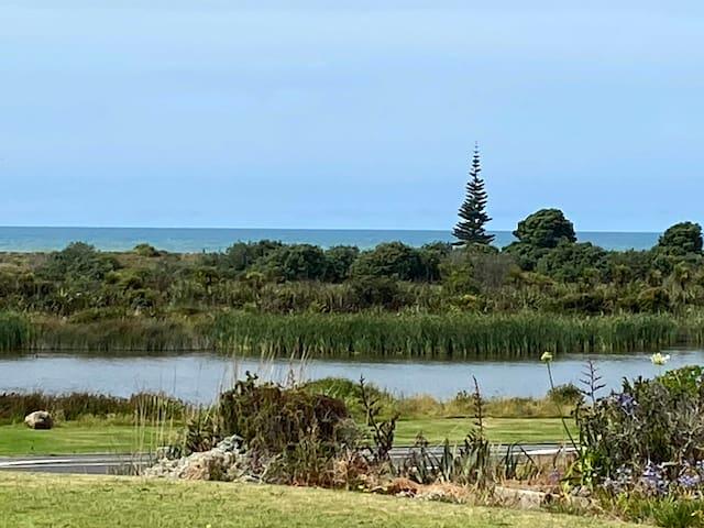 Quintessential Kiwi Bach