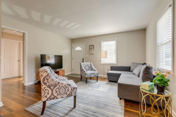 *New* Luxury NODA Home near Uptown / Light Rail