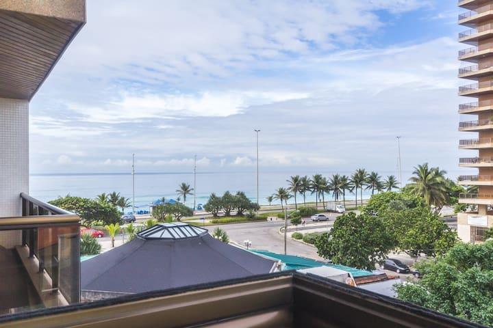 Next to market - Beach View - Free Wi-fi
