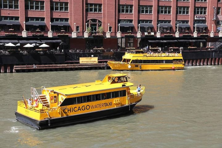 Take a ride on the Chicago River Water Taxi