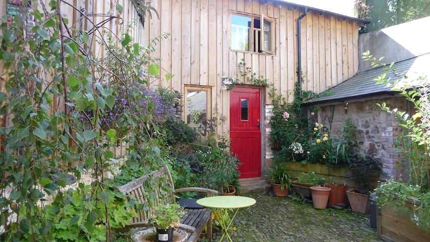 Self-contained annexe - North Tawton - Daire