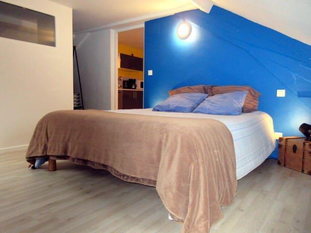 La chambre lit 160