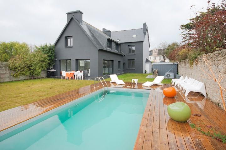 Maison avec piscine à 30 m de la plage