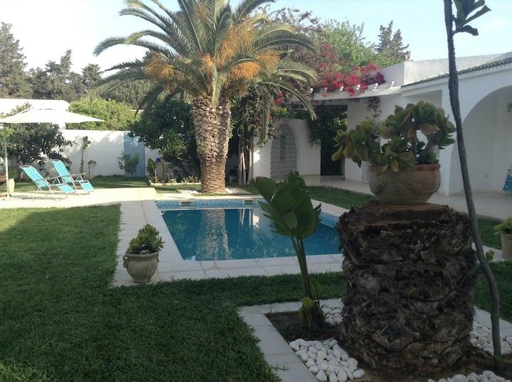 "Lovely Private Studio with garden view ""CARMELA"""