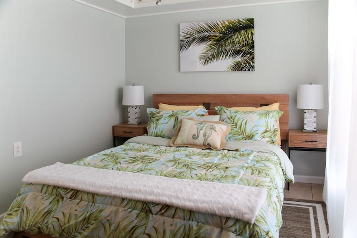 Abundantly Relaxing Guest House Getaway