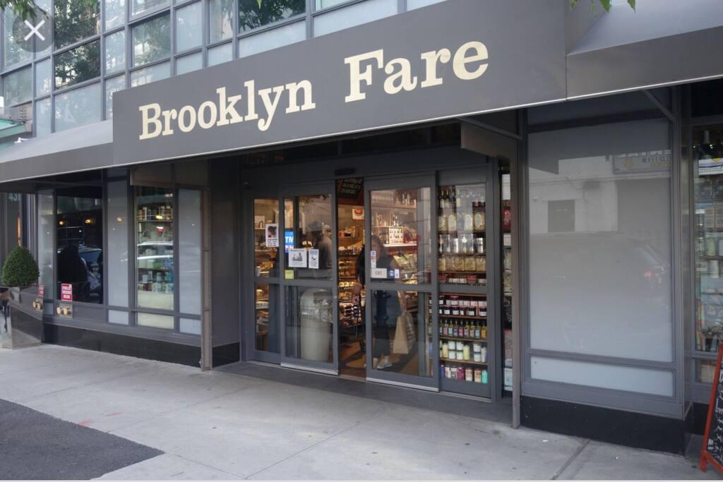 Cozy room rockerfella times square appartamenti in for Appartamenti economici new york manhattan