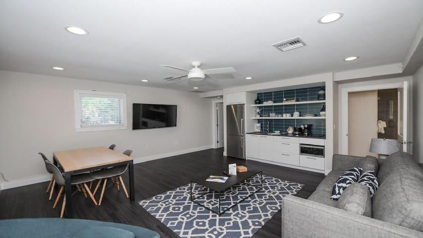 One Bedroom Across From Siesta Key Beach