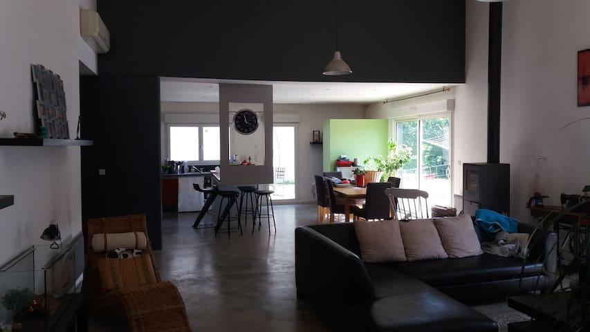 location maison - Castanet-Tolosan - House