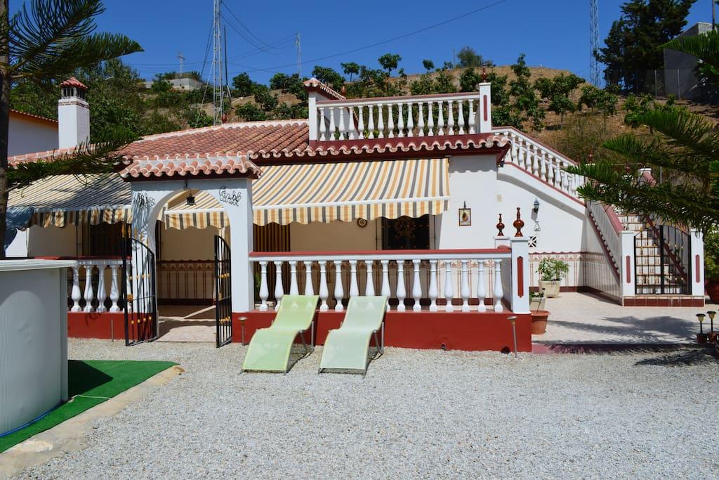 Acogedora casa rural en almayate cerca de playa casas - Hoteles cerca casa campo madrid ...