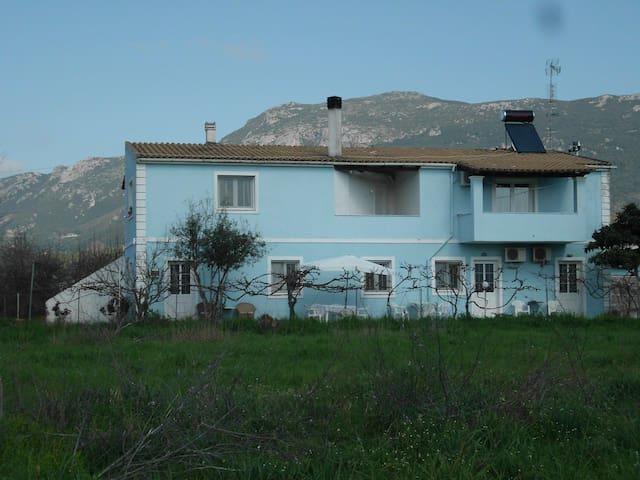 Quiet Family House between Paleokastritsa n Dasia
