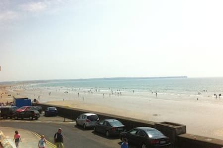 Beachside Apartments - The closest to the beach - Tramore - Flat