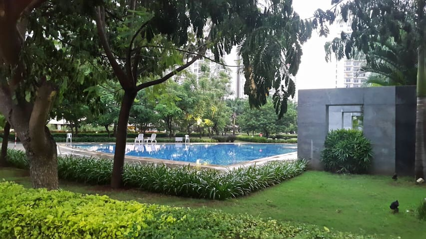 Furnished bedroom with all amenities - Bengaluru - Flat