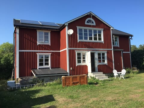 Charming house large property on Vätö, Eco Twin