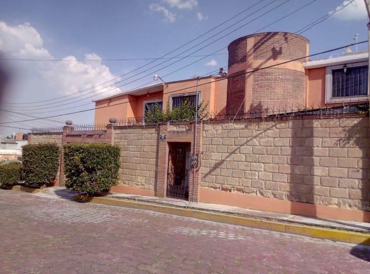 Almoloya de Juárez casa colonial cerca del centro.