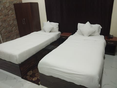 Twin  single Bed Room