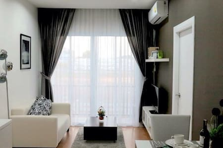 Condo downtown in maesot