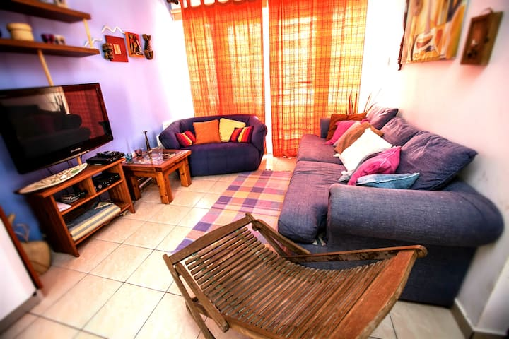 Sunny Family Friendly Relaxation -  Beach House