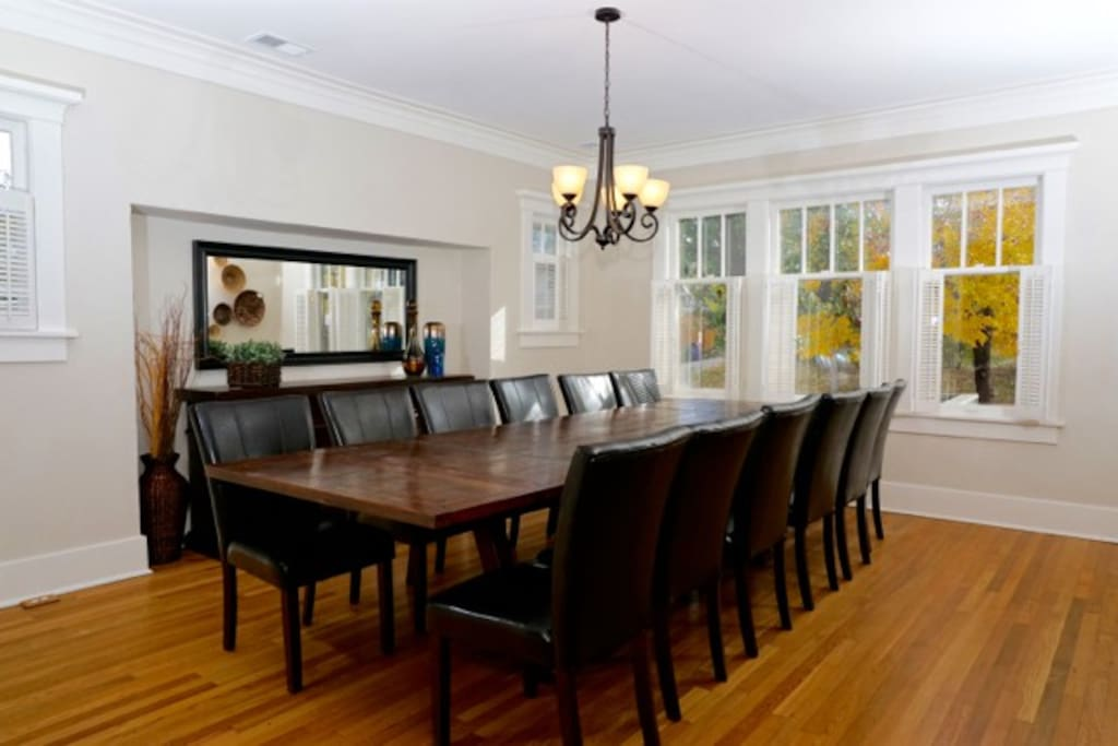 The large dining area can accommodate large families and groups.