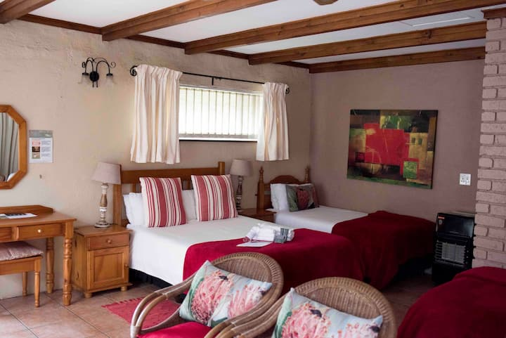 Greenfields Guesthouse Family Room for 4