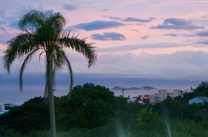 Praia e sossego com vista para o mar - Imbituba - Appartement