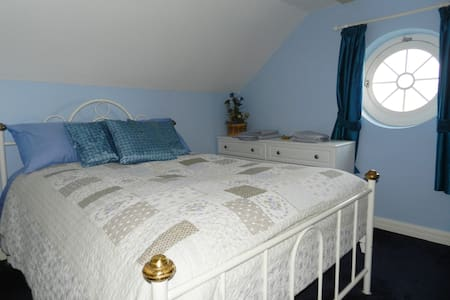 Ballycroy Farmhouse (Double room)