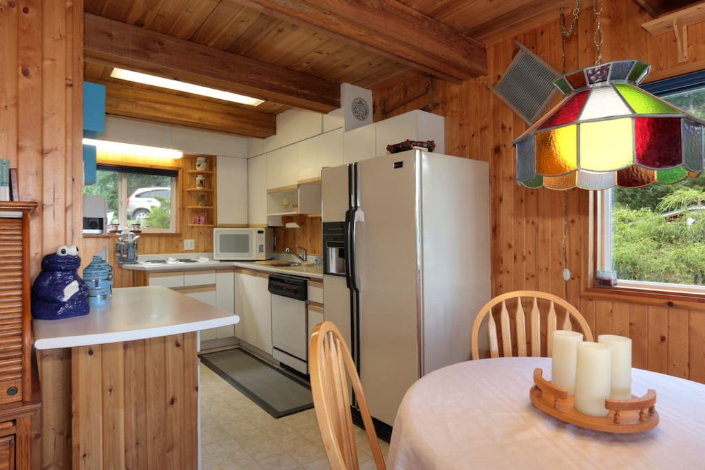 full kitchen with convection oven