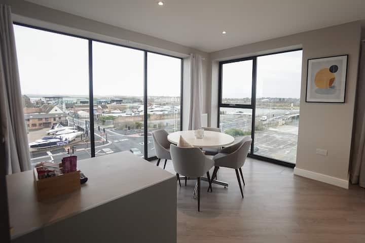 Penthouse - Harbour Views