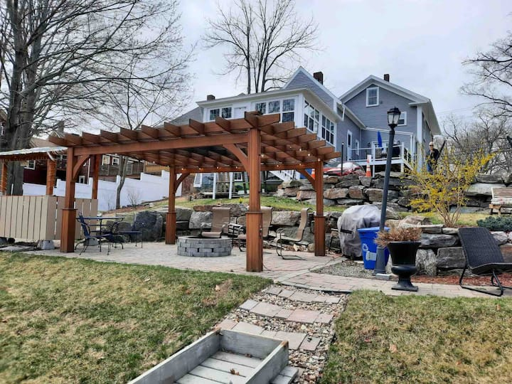 Waterfront w/Fire Pit, Pool Table,Kayaks,Boat rent