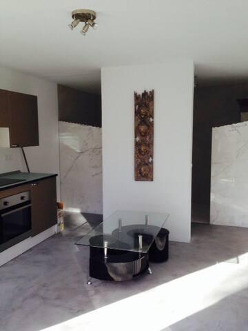 Minimalistic Design Studio - Cala Llonga - Apartment