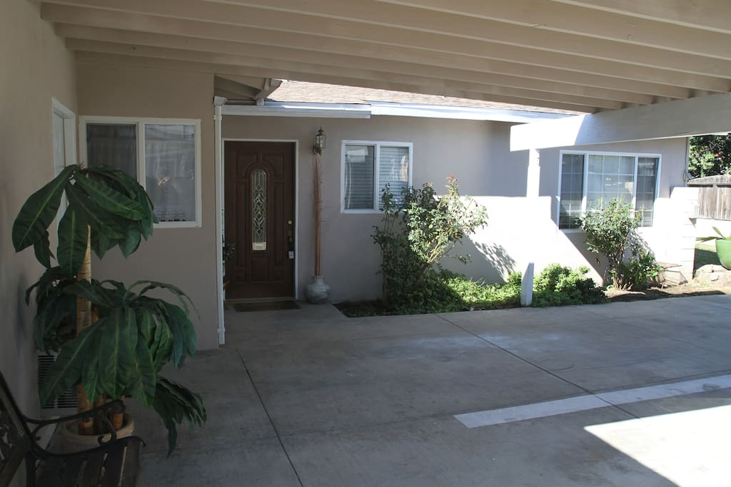 Comfy 3 Bedroom Home Houses For Rent In Los Angeles