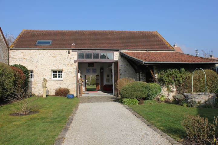 The Barn - Le Perray-en-Yvelines - Talo