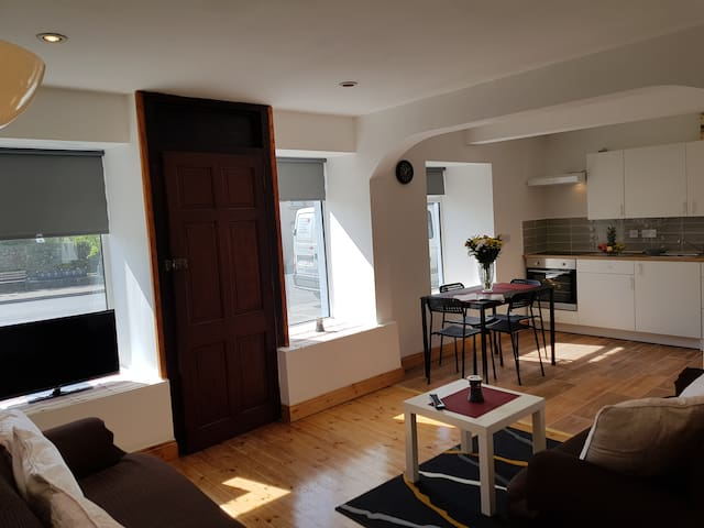 Full 2 bedroom Apartment in Co. Galway