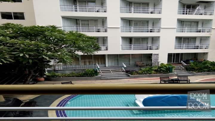 condo 1 chambre vue sur piscine