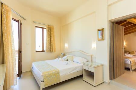 Amalthia room at Polyxenia Boutique Hotel - Rethymno - Hotel boutique