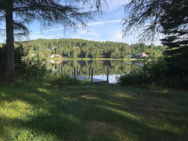 Lakefront Country Home - Fall & Winter Rentals