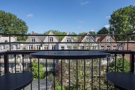 ☆ Gorgeous Duplex Apartment Near Vondelpark ☆ - Amsterdam - Leilighet