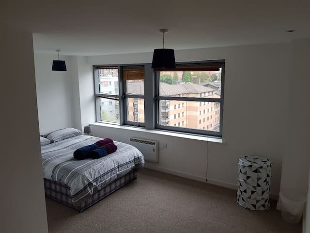 M1, City Centre, Private double bedroom