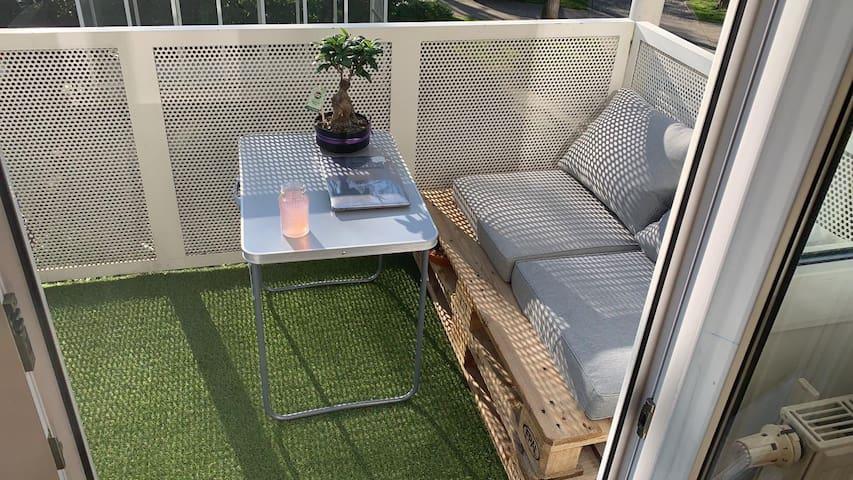 1-Zimmer Studio Apartment 20min mit Balkon