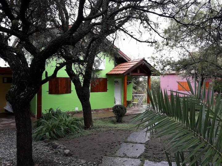 Cabañas El Mangrullo 6 pax verde
